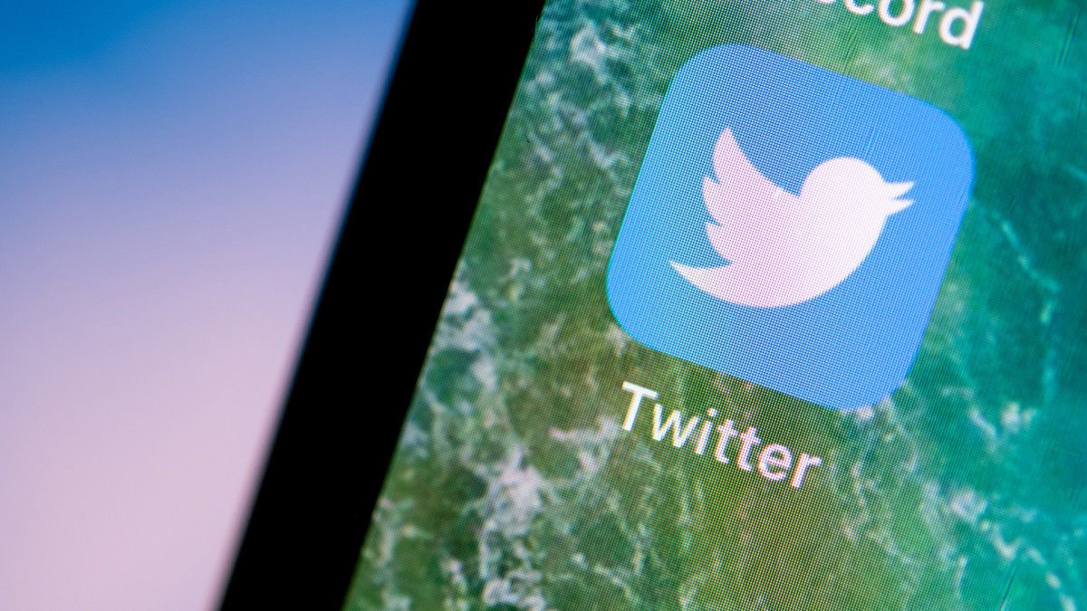 Twitter Launches - HISTORY